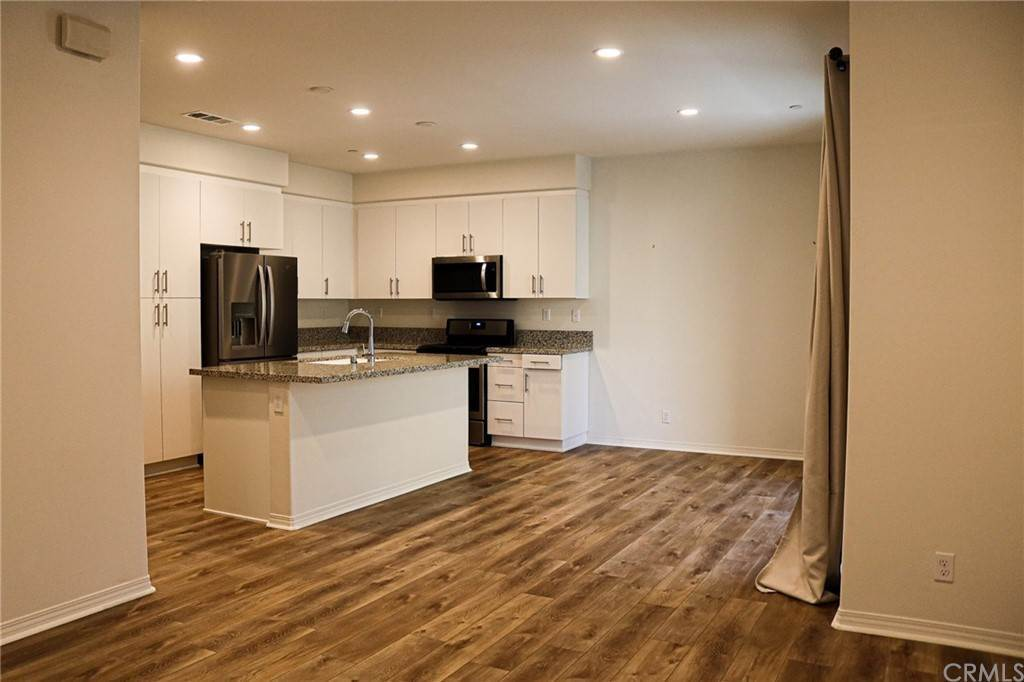 14. Residential for Sale at S District Way Anaheim, California 92805 United States