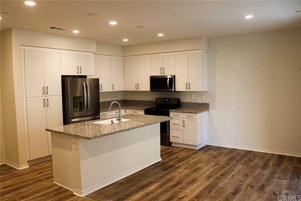 16. Residential for Sale at S District Way Anaheim, California 92805 United States