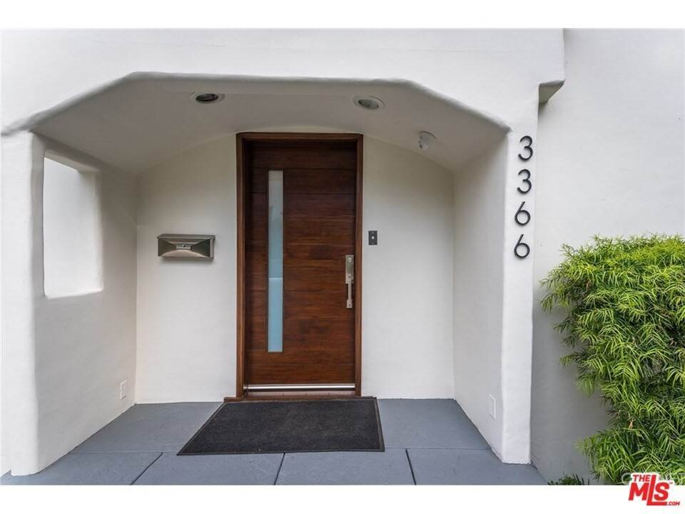 5. Residential for Sale at CHARLESTON Way Los Angeles, California 90068 United States