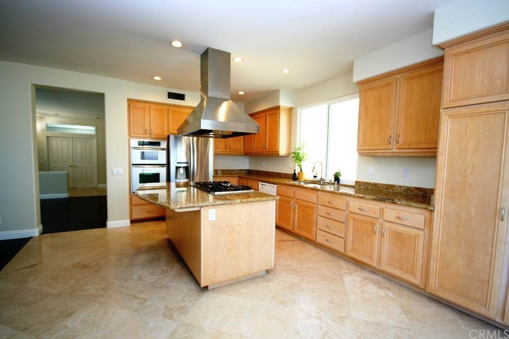 4. Residential Lease at Marks Drive Tustin, California 92782 United States