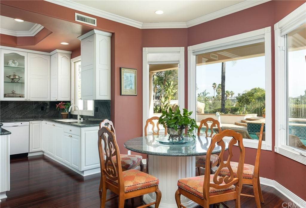 18. Residential for Sale at San Rafael Place Laguna Niguel, California 92677 United States