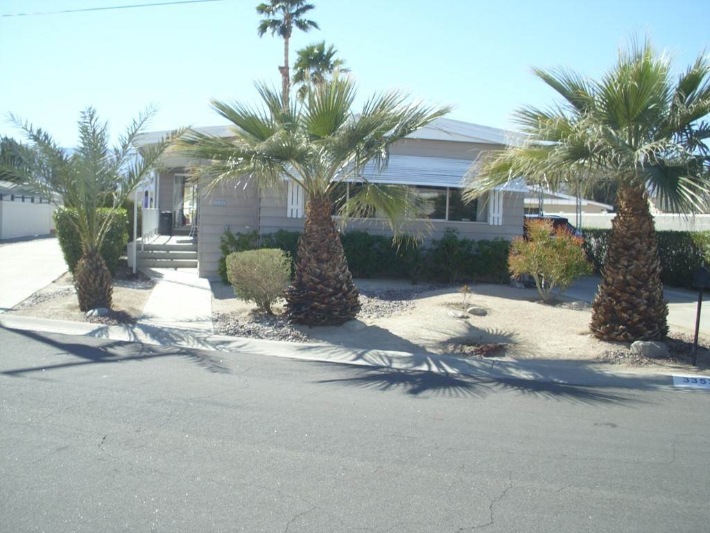 5. Single Family Homes for Sale at Acapulco Trail Thousand Palms, California 92276 United States