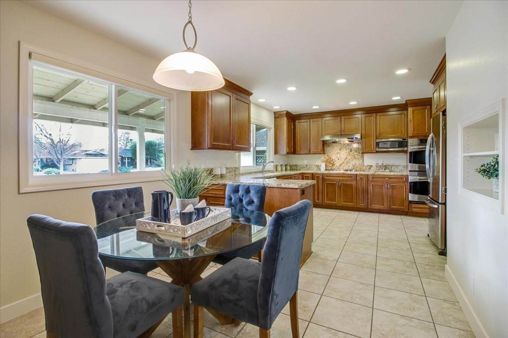 11. Residential for Sale at Glenkirk Drive San Jose, California 95124 United States