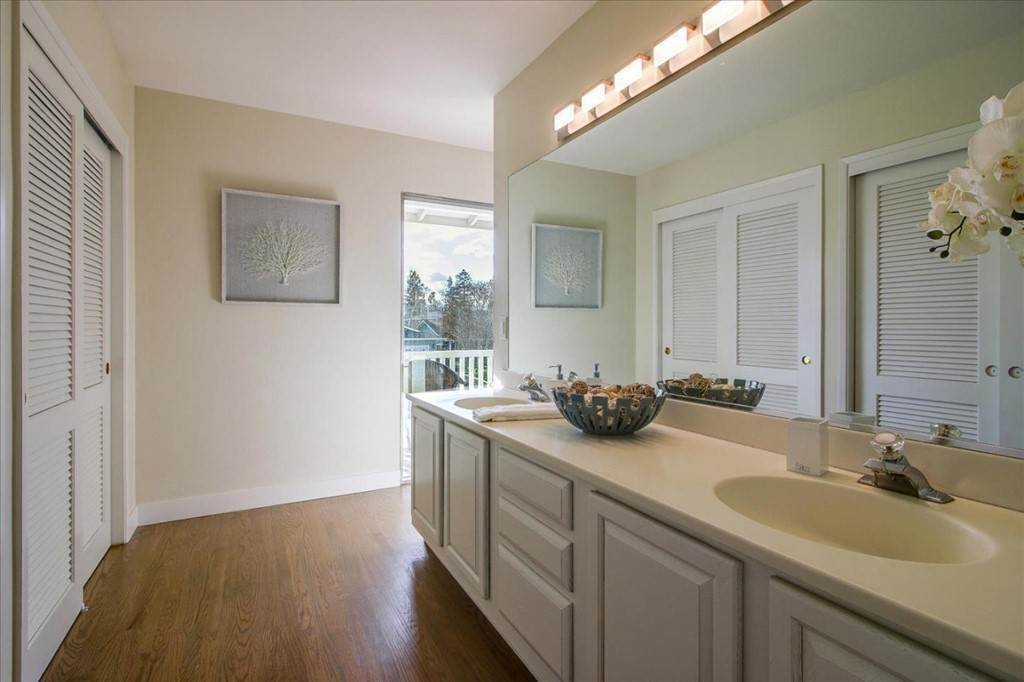 17. Residential for Sale at Glenkirk Drive San Jose, California 95124 United States