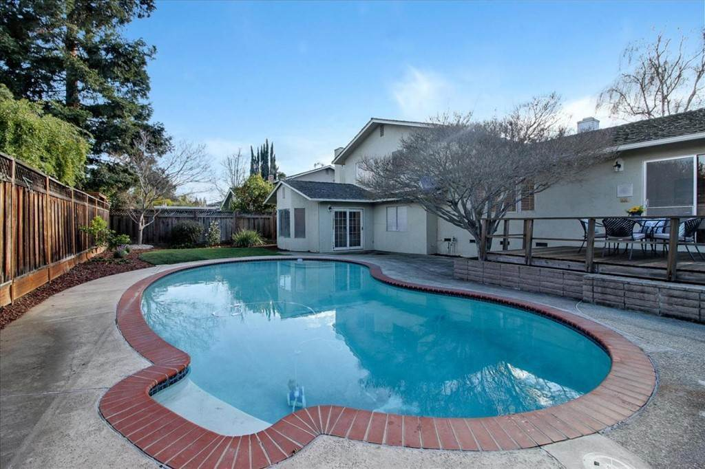 29. Residential for Sale at Glenkirk Drive San Jose, California 95124 United States
