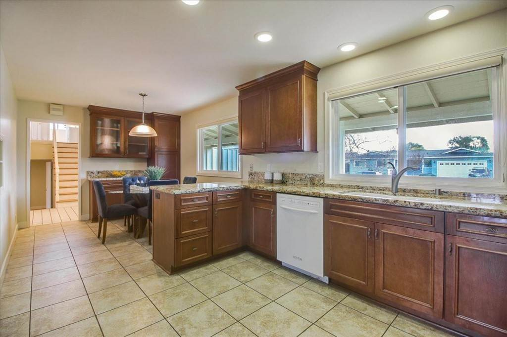 7. Residential for Sale at Glenkirk Drive San Jose, California 95124 United States
