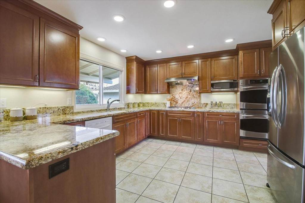 8. Residential for Sale at Glenkirk Drive San Jose, California 95124 United States