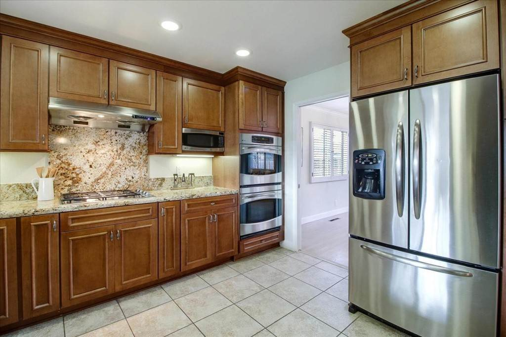 9. Residential for Sale at Glenkirk Drive San Jose, California 95124 United States