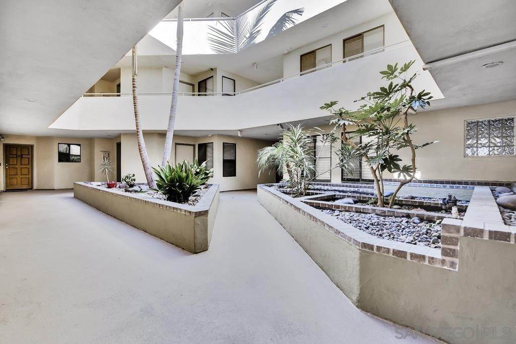 Residential for Sale at Mentone Street San Diego, California 92107 United States