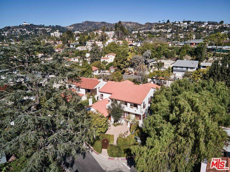 47. Residential Income for Sale at Holly Knoll Drive Los Angeles, California 90027 United States