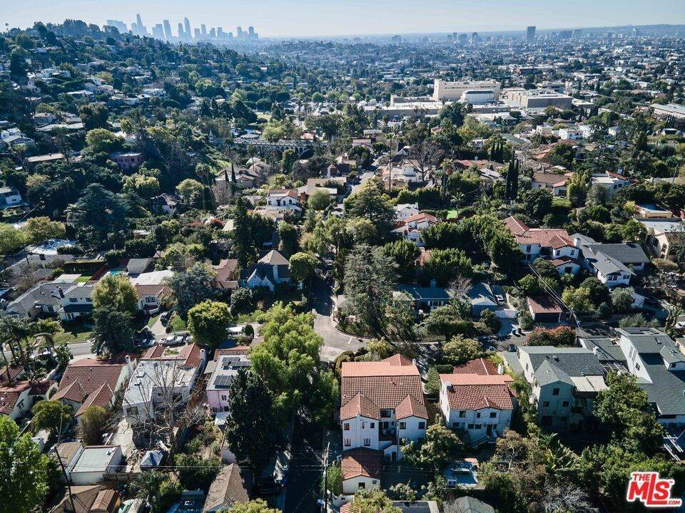48. Residential Income for Sale at Holly Knoll Drive Los Angeles, California 90027 United States