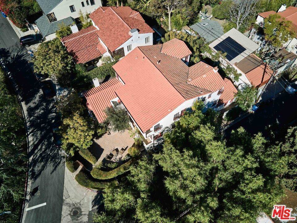 49. Residential Income for Sale at Holly Knoll Drive Los Angeles, California 90027 United States