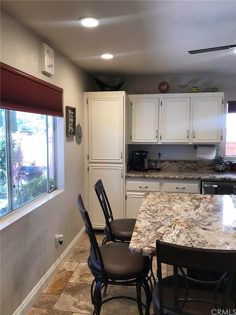 7. Residential for Sale at Calle Novelda Temecula, California 92592 United States