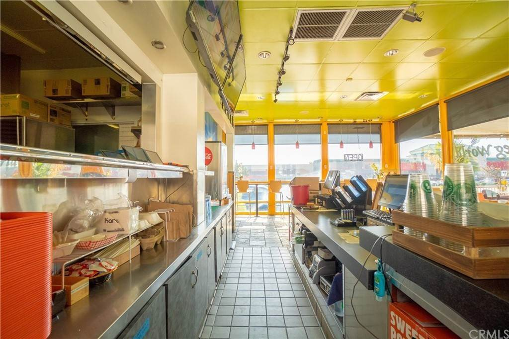16. Commercial for Sale at Huntington Drive Duarte, California 91010 United States