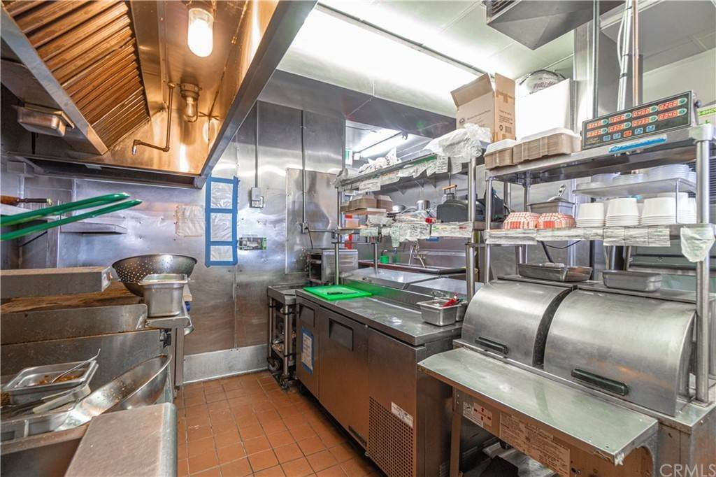 19. Commercial for Sale at Huntington Drive Duarte, California 91010 United States