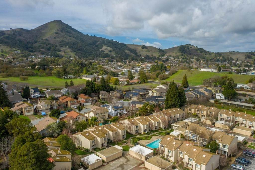 36. Residential for Sale at Dunne Avenue Morgan Hill, California 95037 United States