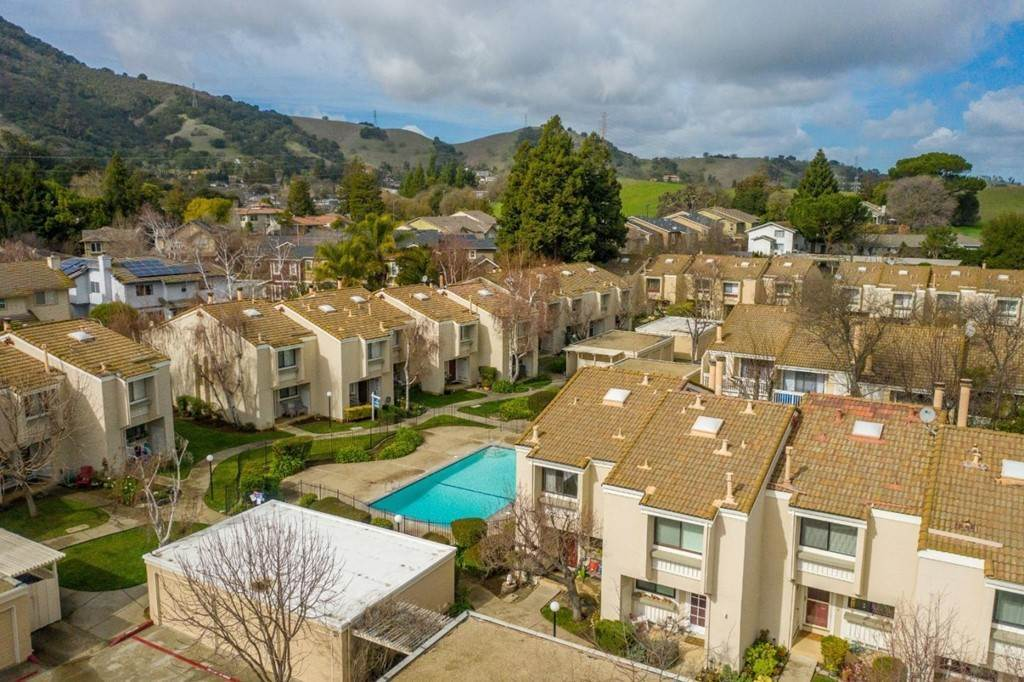39. Residential for Sale at Dunne Avenue Morgan Hill, California 95037 United States