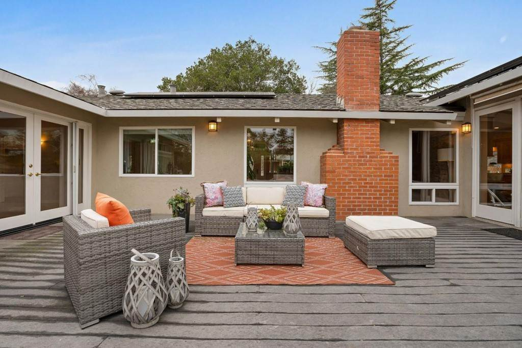 7. Residential for Sale at Wistaria Lane Los Altos, California 94024 United States