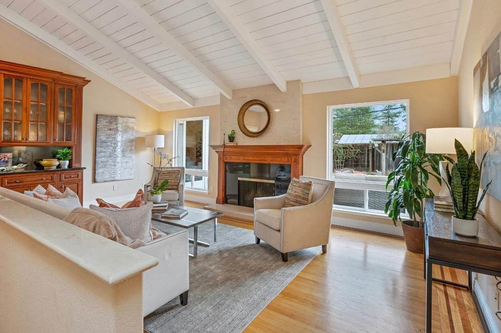 9. Residential for Sale at Wistaria Lane Los Altos, California 94024 United States