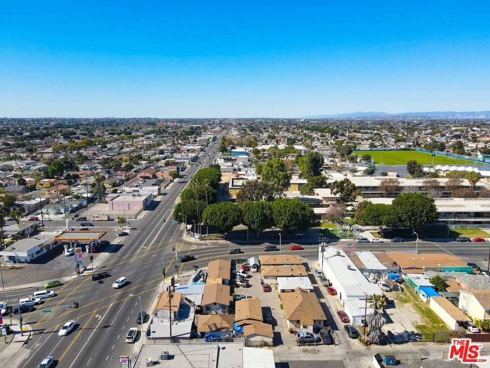 Residential Income for Sale at Firestone Boulevard Los Angeles, California 90001 United States