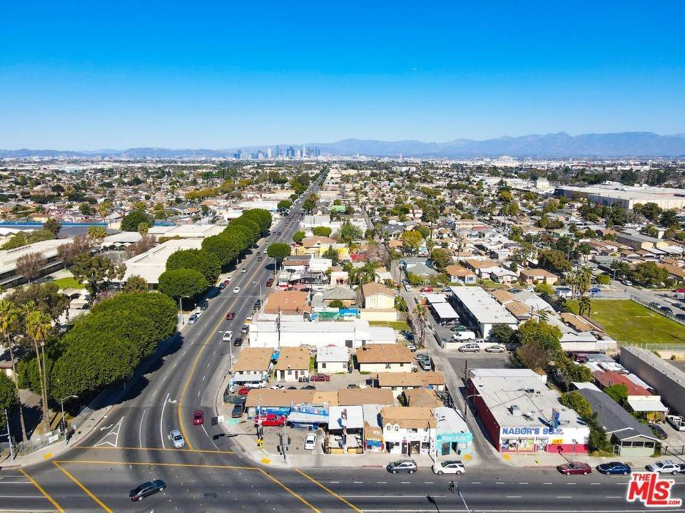 2. Residential Income for Sale at Firestone Boulevard Los Angeles, California 90001 United States
