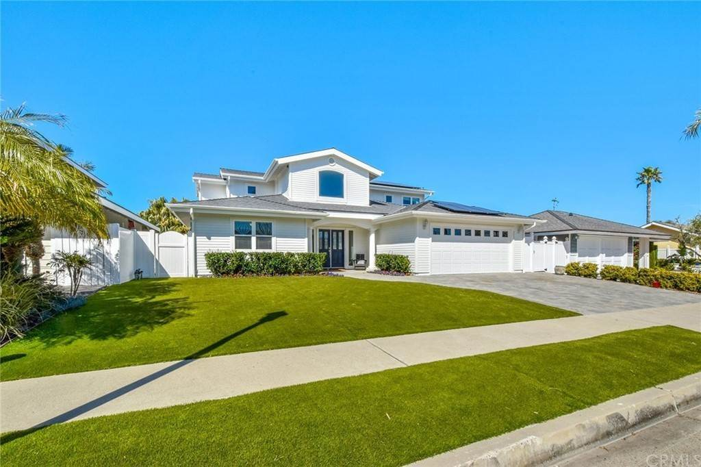 Residential for Sale at VIA SOCORRO San Clemente, California 92672 United States