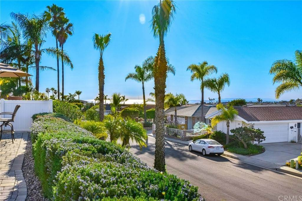22. Residential for Sale at VIA SOCORRO San Clemente, California 92672 United States