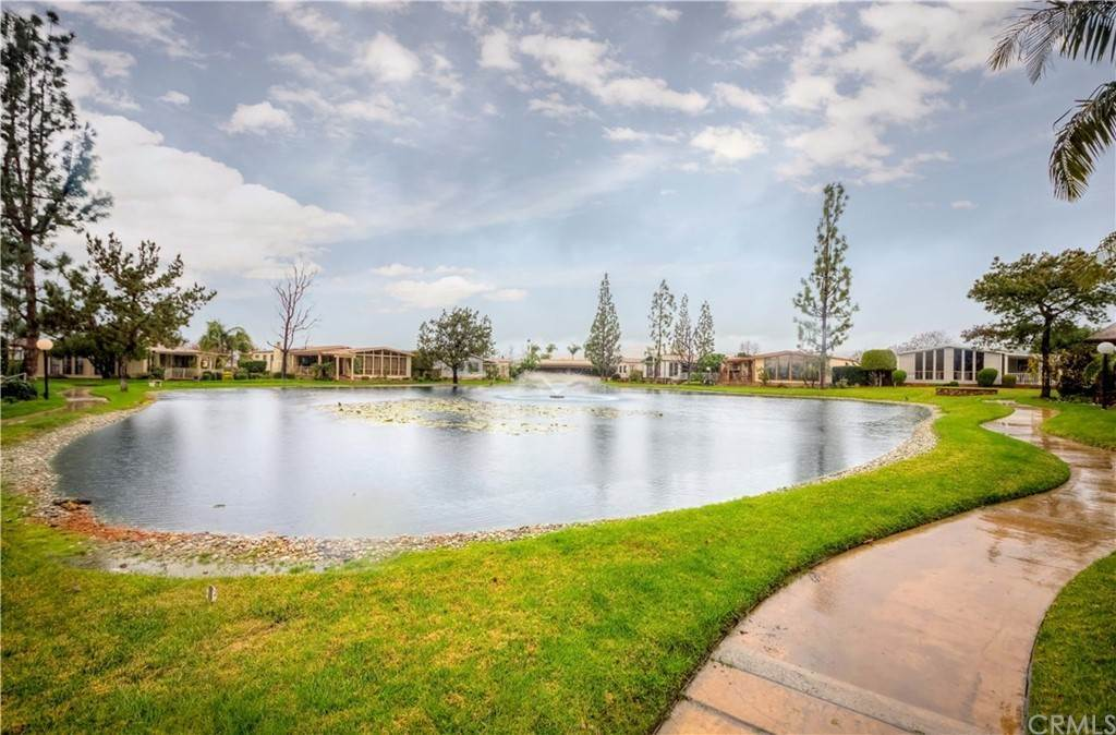 16. Single Family Homes for Sale at HARBOR LAKE Avenue Brea, California 92821 United States