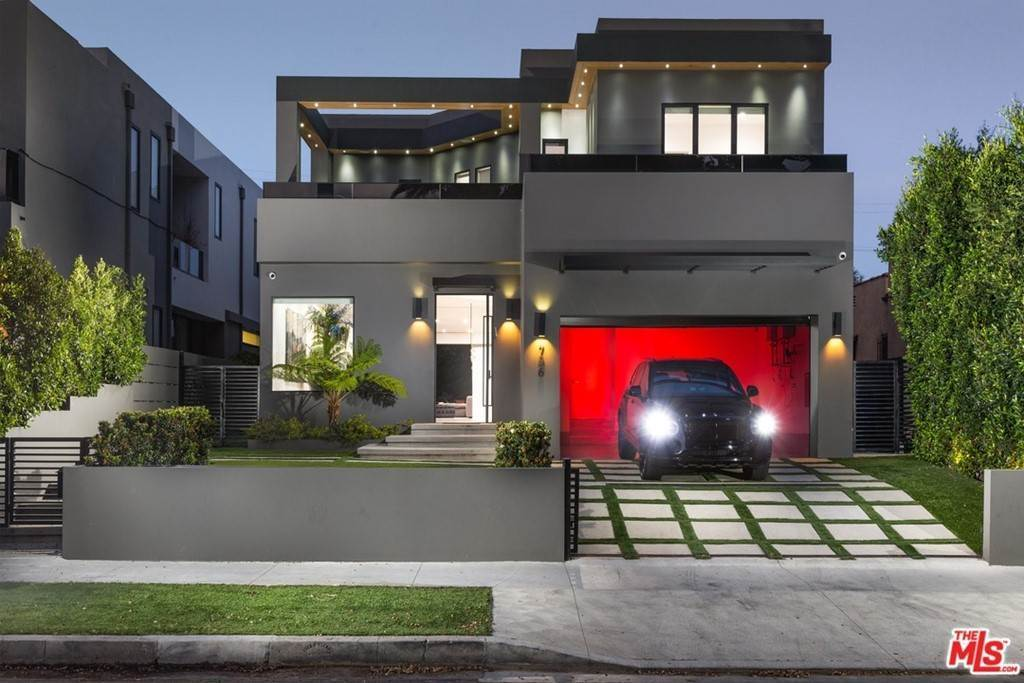 3. Residential Lease for Sale at N CURSON Avenue Los Angeles, California 90046 United States