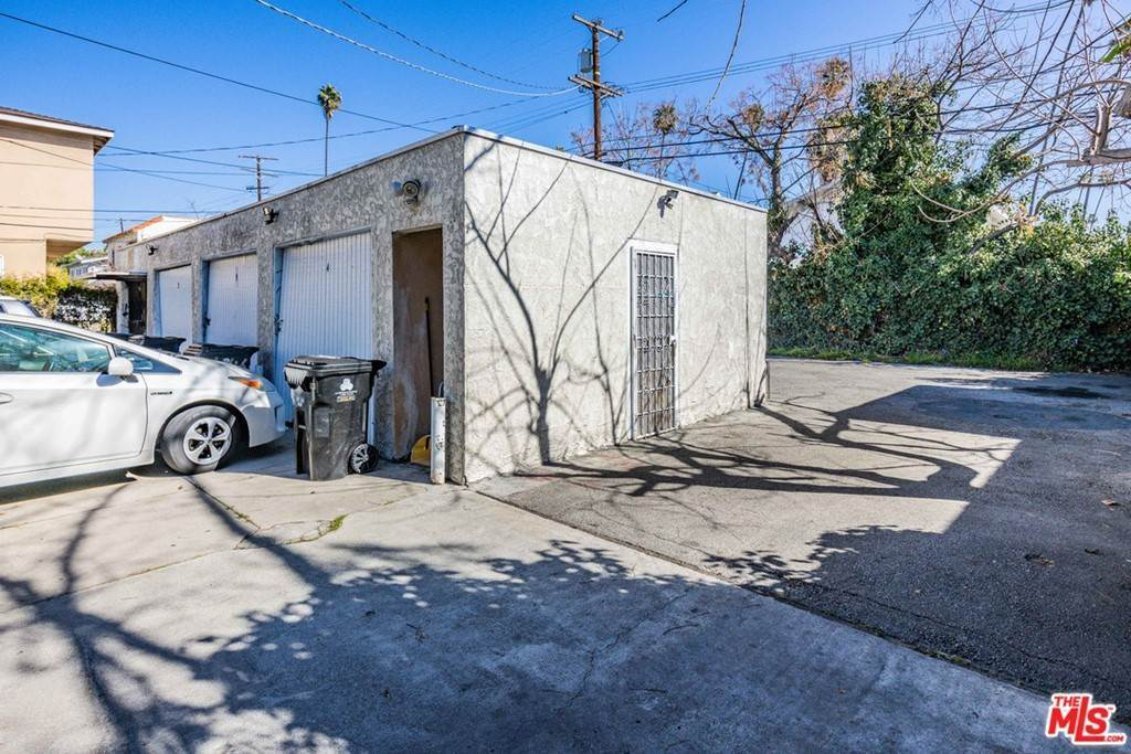 12. Residential Income for Sale at S Norton Avenue Los Angeles, California 90019 United States