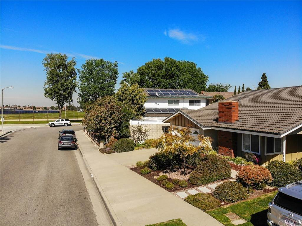 31. Residential for Sale at Snowden Avenue Lakewood, California 90713 United States