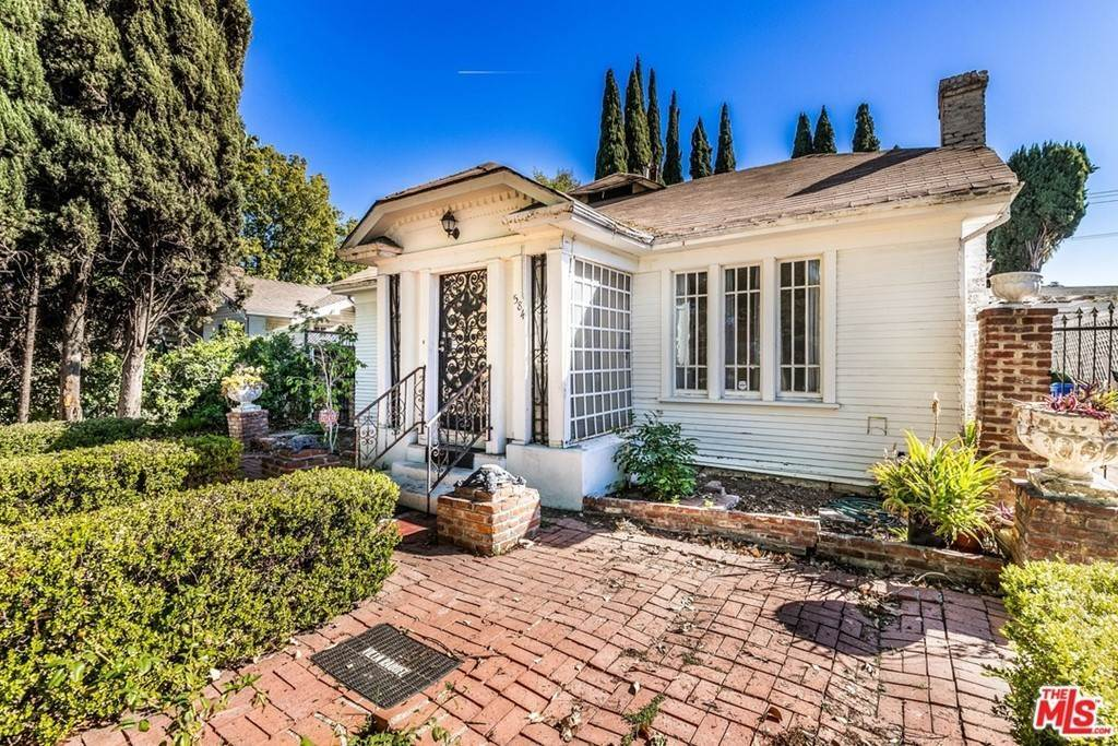 Residential for Sale at N Lucerne Boulevard Los Angeles, California 90004 United States