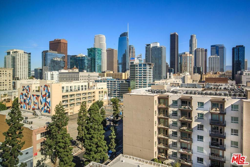 8. Residential Lease at S Grand Avenue Los Angeles, California 90015 United States