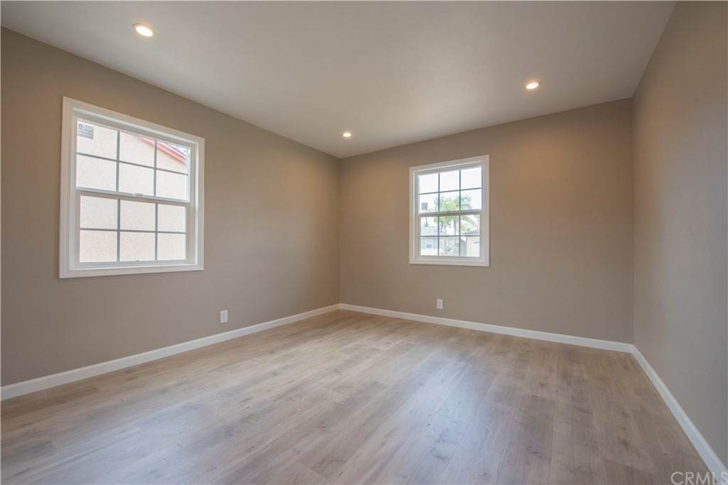 5. Residential for Sale at Hasty Avenue Downey, California 90240 United States
