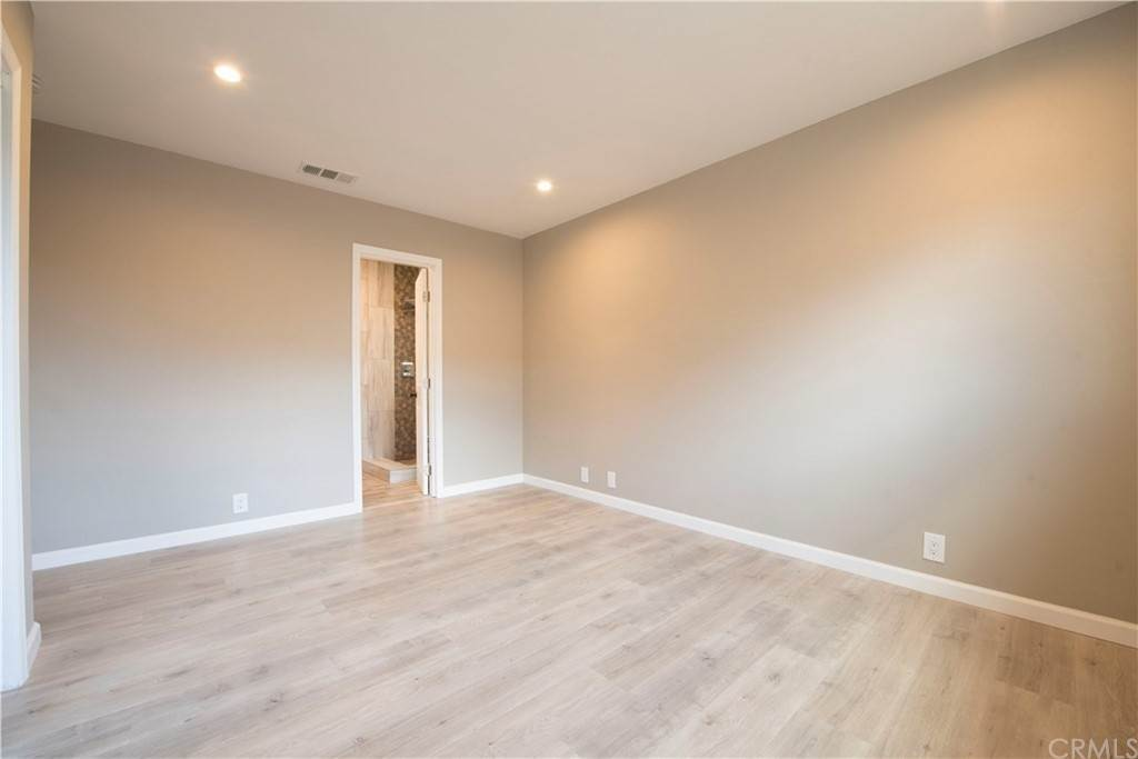 9. Residential for Sale at Hasty Avenue Downey, California 90240 United States