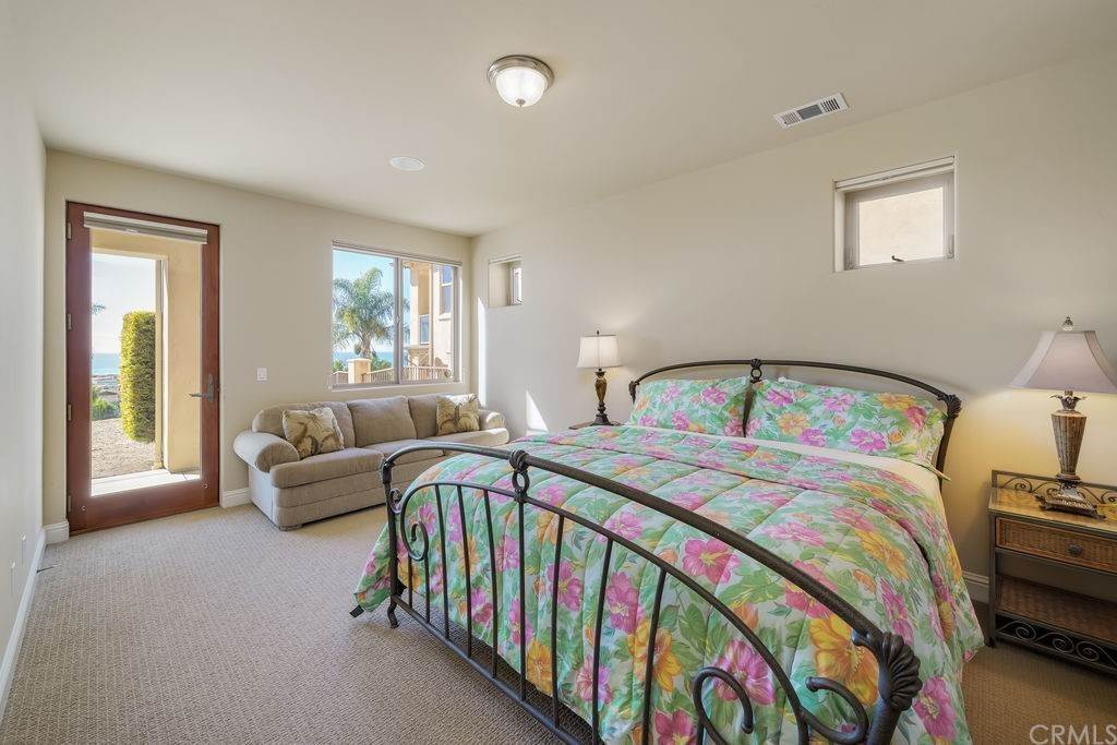 28. Residential for Sale at Costa Del Sol Pismo Beach, California 93449 United States