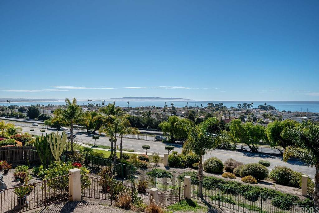 6. Residential for Sale at Costa Del Sol Pismo Beach, California 93449 United States