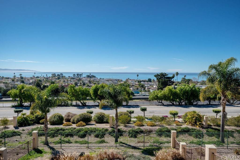 7. Residential for Sale at Costa Del Sol Pismo Beach, California 93449 United States