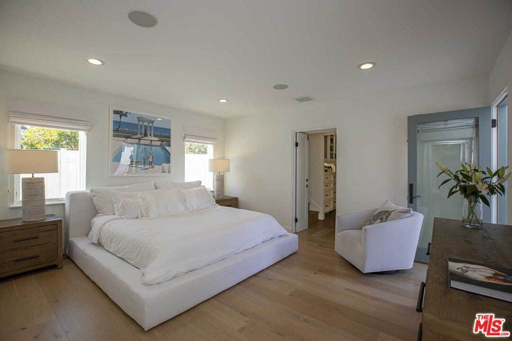 12. Residential Lease for Sale at 16Th Street Santa Monica, California 90402 United States