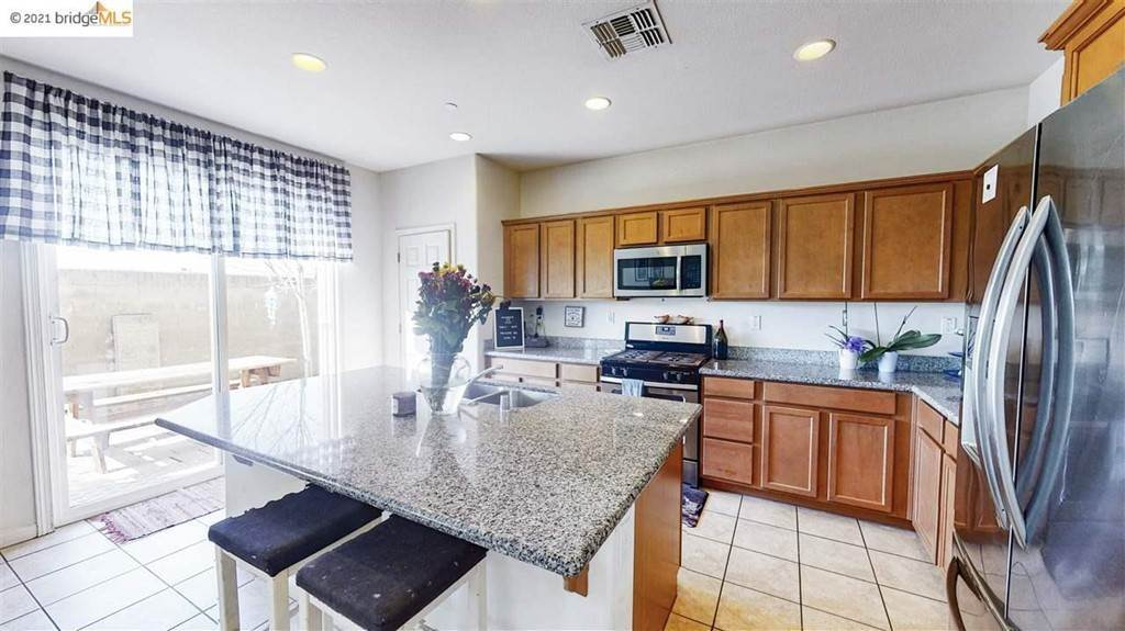 13. Residential for Sale at Gallery Drive Riverbank, California 95367 United States
