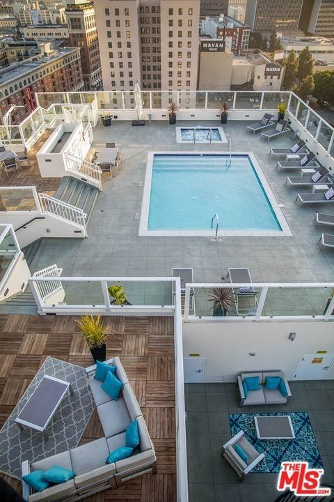 5. Residential for Sale at S Broadway Los Angeles, California 90015 United States