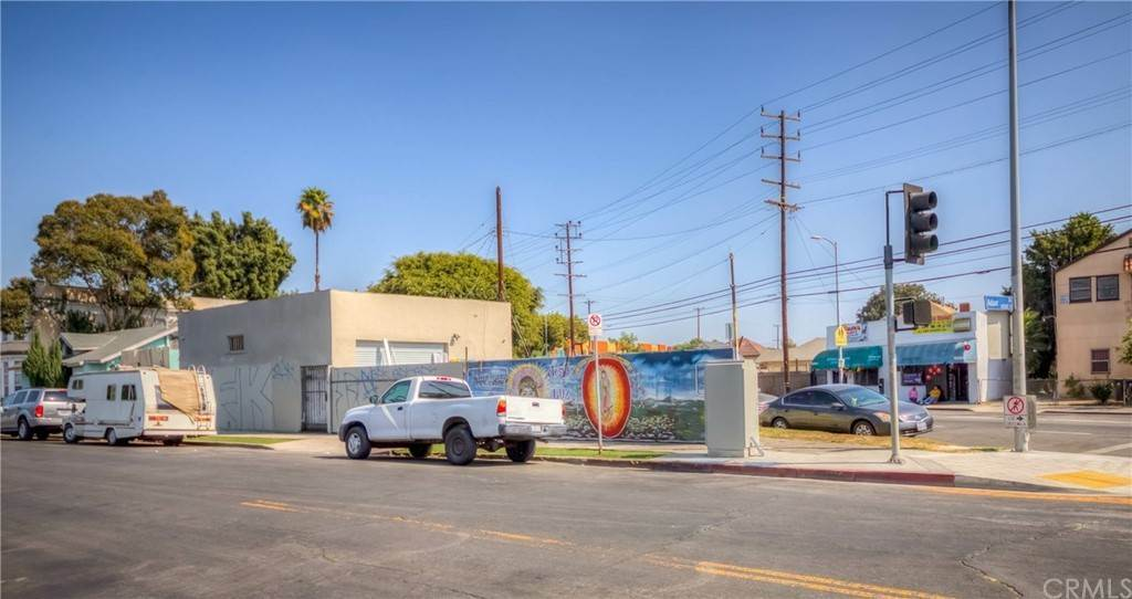10. Residential Income for Sale at S San Pedro Street Los Angeles, California 90011 United States