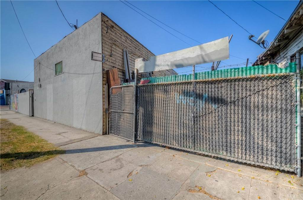 12. Residential Income for Sale at S San Pedro Street Los Angeles, California 90011 United States