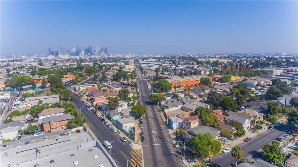 18. Residential Income for Sale at S San Pedro Street Los Angeles, California 90011 United States