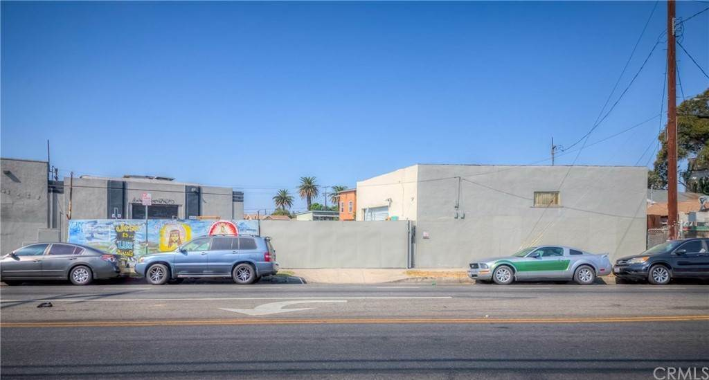 7. Residential Income for Sale at S San Pedro Street Los Angeles, California 90011 United States