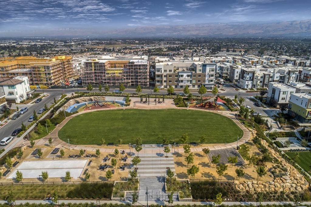 10. Residential for Sale at Jayhawkers Place San Jose, California 95136 United States