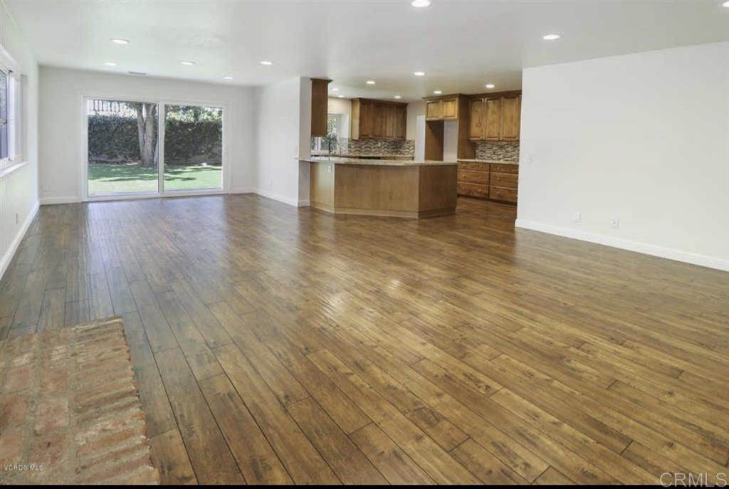 3. Residential Lease at Medea Creek Lane Oak Park, California 91377 United States