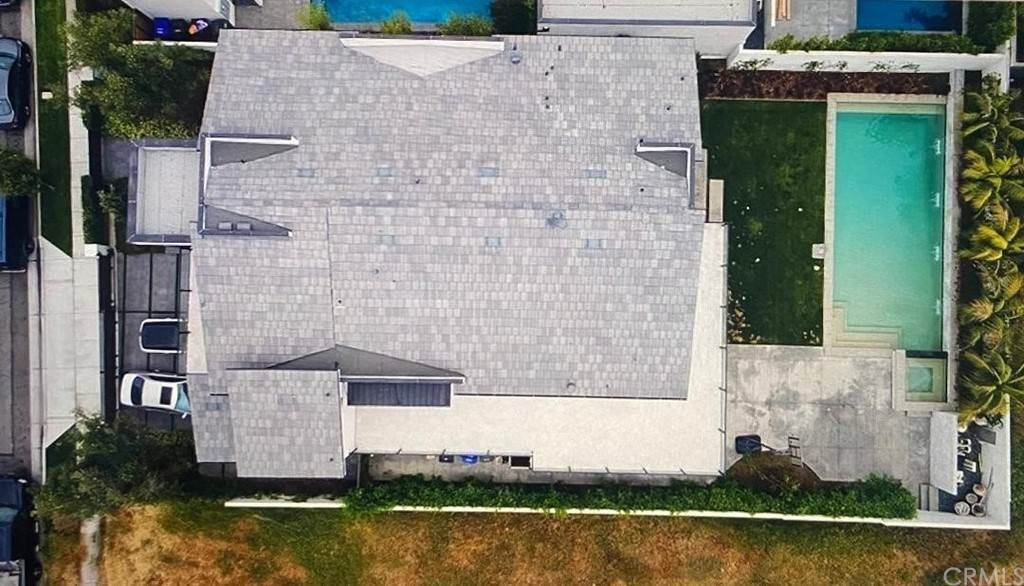 17. Residential for Sale at Lemoran Avenue Downey, California 90240 United States