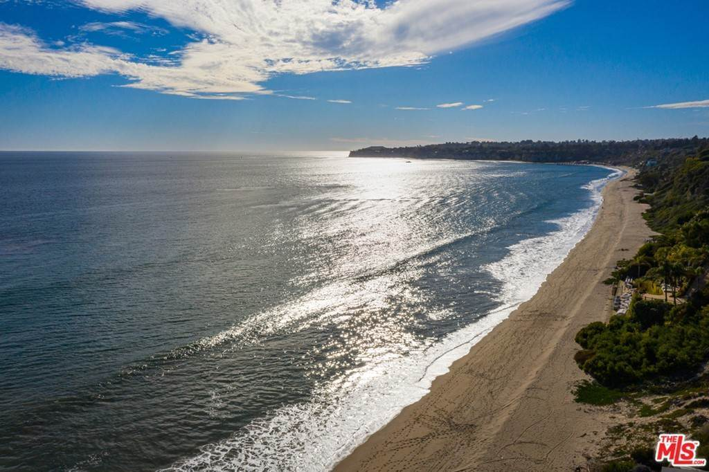3. Residential for Sale at Pacific Coast Highway Malibu, California 90265 United States