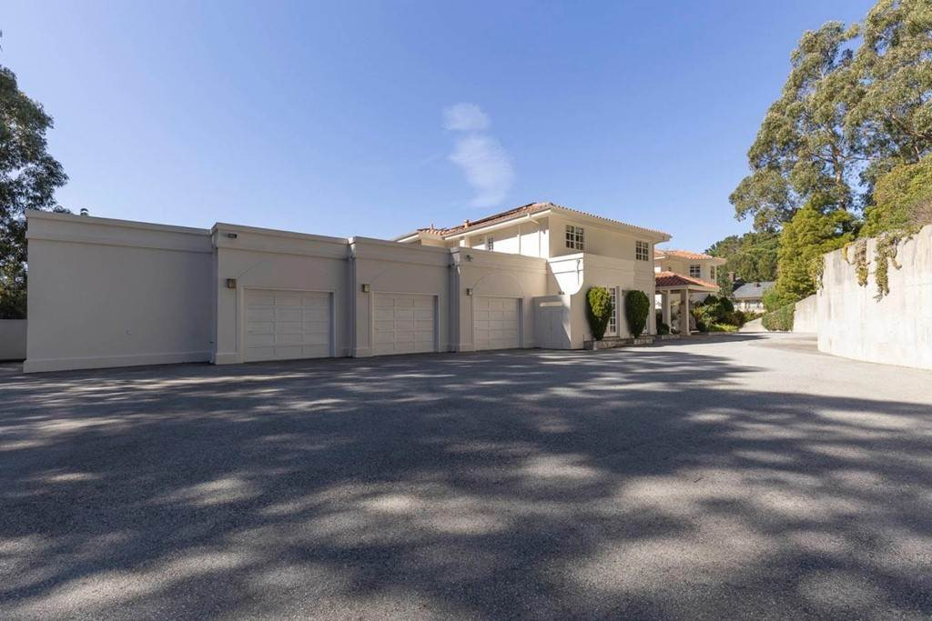 43. Residential for Sale at Boroughwood Place Hillsborough, California 94010 United States